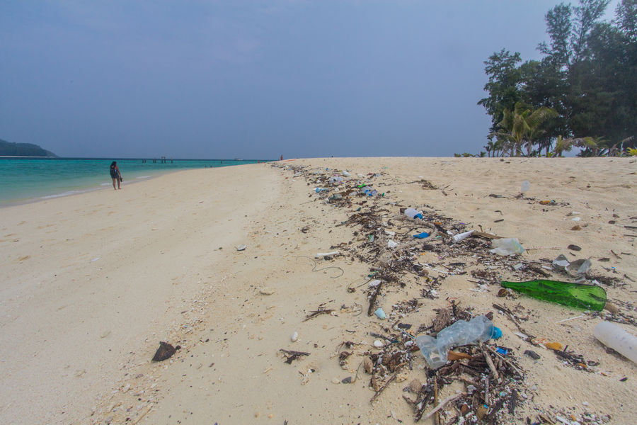 ocean trash problem in Thailand.